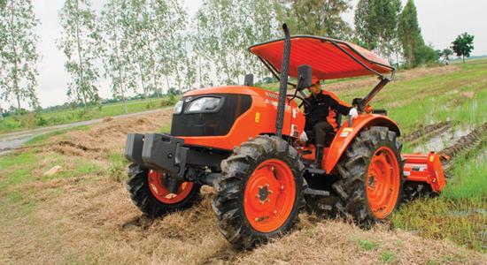 ขนาดยางรถไถ แทรคเตอร์ คูโบต้า Kubota M6040SU Agricultural Tractor